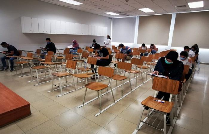 """""""النقابيون الثانويون"""": فوضى صحية تسود التعليم الحضوري"""
