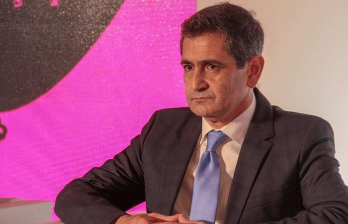 قيومجيان للأسد: إفتح باب العودة للنازحين فهم كلفوا لبنان المليارات