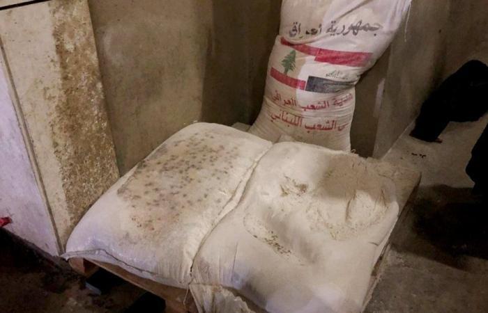 سفارة العراق في بيروت: لم نتدخل في آلية توزيع هبة الطحين