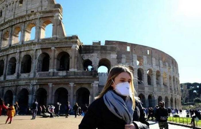 686 وفاة وأكثر من 26 ألف إصابة جديدة في إيطاليا