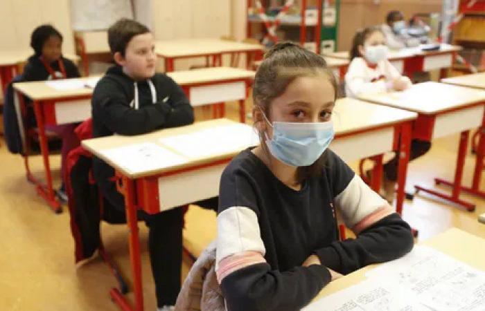 """مدارس في لبنان تخالف """"إجراءات كورونا"""""""
