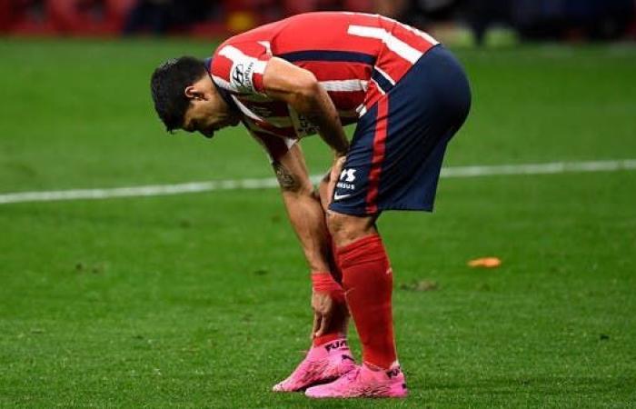 سواريز يتعافى من كورونا ويعود إلى أتلتيكو مدريد