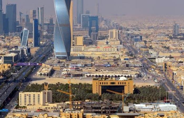 فيتش: البيئة التشغيلية للبنوك السعودية تظهر علامات انتعاش