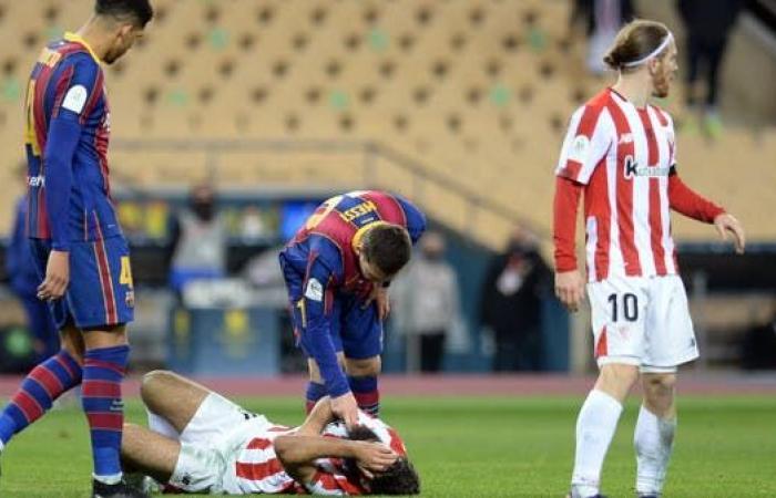 برشلونة يفقد ميسي مباراتين للإيقاف