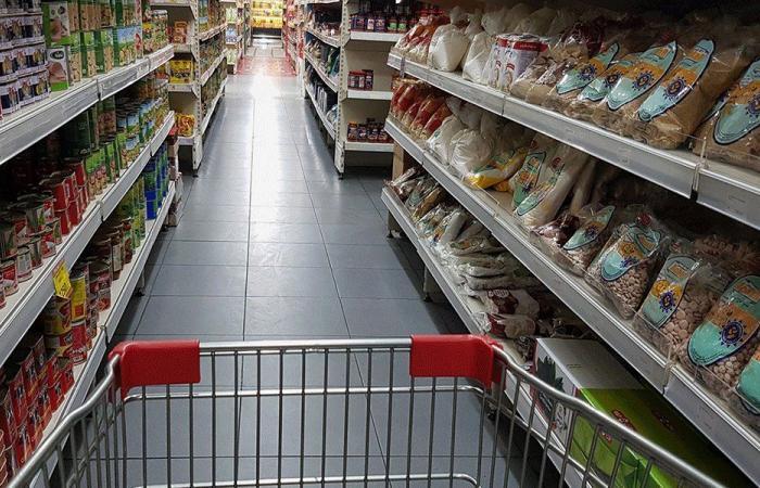 نقابة مستوردي المواد الغذائية تحذر: المخزون مهدد بالتناقص
