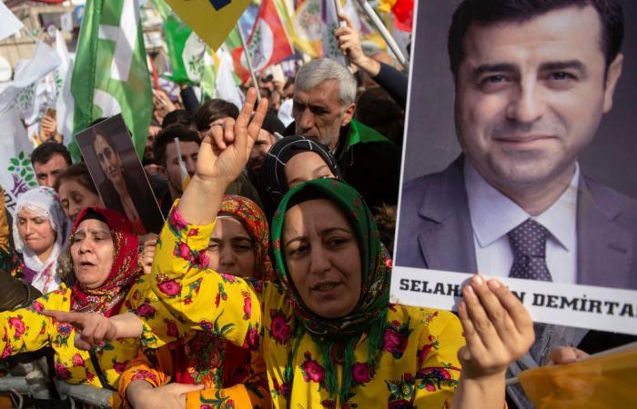 """تركيا """"في ورطة"""".. والسبب استمرار اعتقال سياسي بارز"""