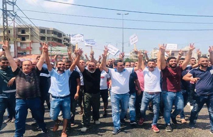 متعاقدو اللبنانية بالساعة يمددون إضرابهم