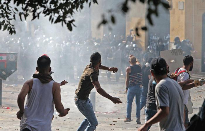"""تدويل """"الإصطفافات اللبنانية"""": حلّ سلس أم اضطرابات ساخنة؟"""