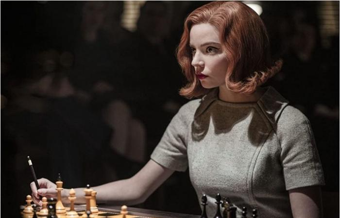 نقلتان تمهدان لـThe Queen's Gambit الفوز بجولدن جلوب بعيدا عن الشطرنج