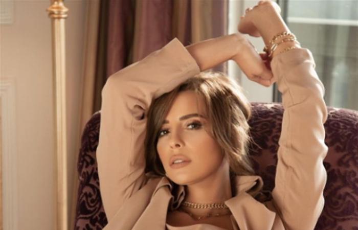 """فيديو- إيمان العاصي ترقص على أغنية """"دورك جاي"""" لـ ويجز"""