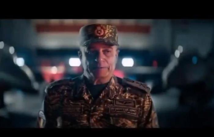 """شريف منير ينشر صورة من كواليس """"السرب""""... الفريق شريف المصري"""