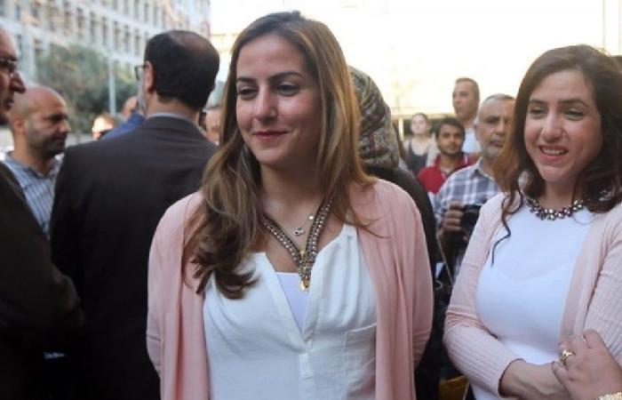 """كرمى خياط: هل لجنة الإعلام باتت لتسيير شؤون """"الحزب""""؟"""