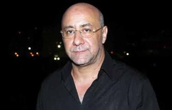 بهاء الدين محمد يغير كلمات أغنية عمرو دياب بسبب البرد