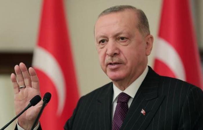 صحافي تركي: تلقيت تهديدات.. وأخشى على حياتي من أردوغان
