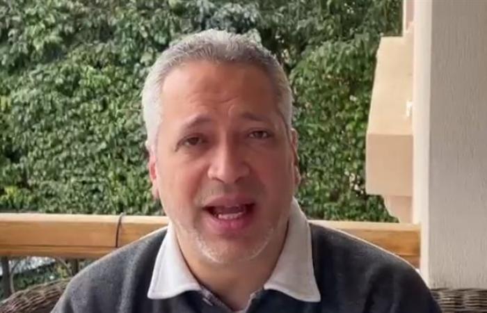 تامر أمين يعتذر لأهالي الصعيد: جزمتكم على راسي من فوق