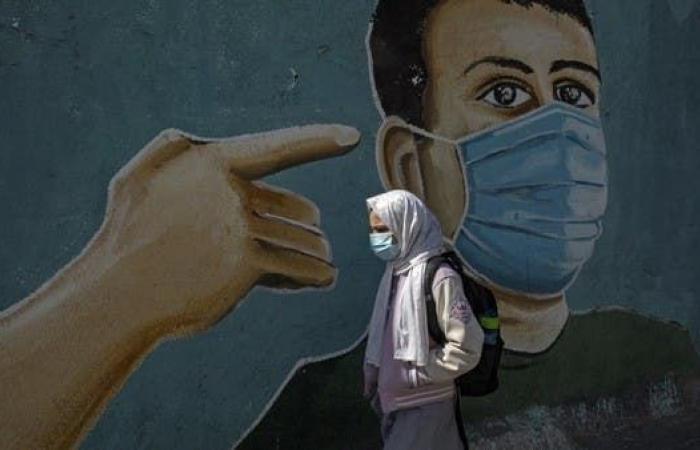 كورونا يفتك بالضفة وغزة.. 400 إصابة بالمتحور في يوم