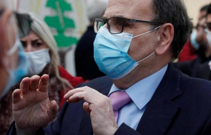 البزري: وزير الصحة سمح لنفسه بالخروج عن خطة التلقيح