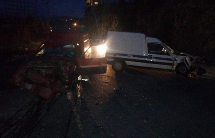في الكورة… جرحى بحادث سير بسبب محاولة لقطع الطريق!