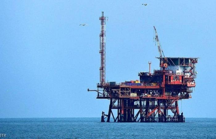 منشآت الدولة النفطية خالية من البنزين!