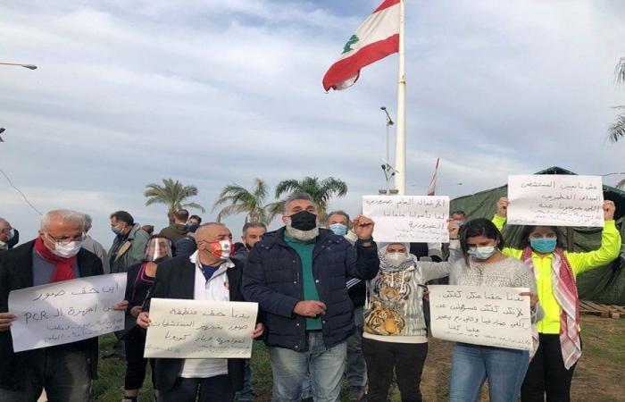 في صيدا… وقفة احتجاجية للسائقين العموميين