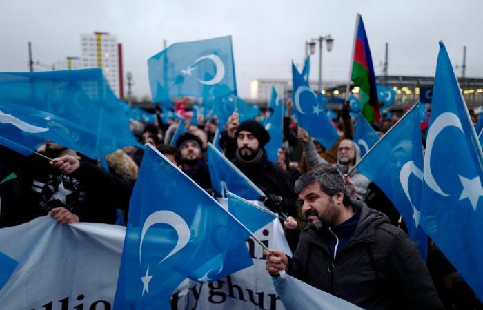 عقوبات أوروبية مرتقبة على الصين بسبب الإيغور