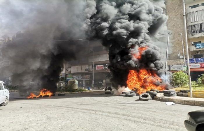 في المنية… حريق في معرض للسيارات المستعملة