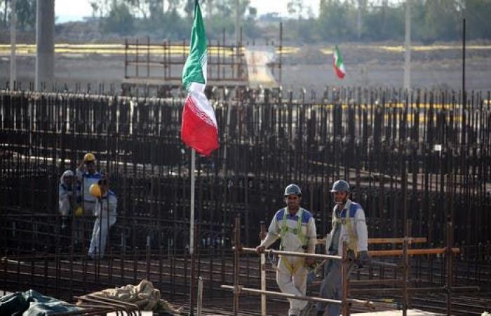 فرنسا: على إيران وقف انتهاكاتها النووية