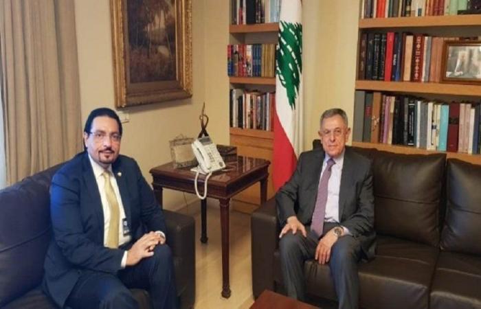 السنيورة عرض الأوضاع الراهنة مع السفير القطري