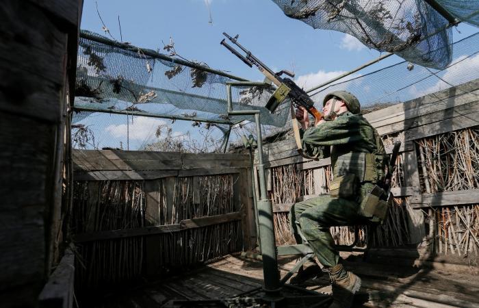 التوتر يتصاعد على حدود روسيا وأوكرانيا.. ومناورات من الجهتين