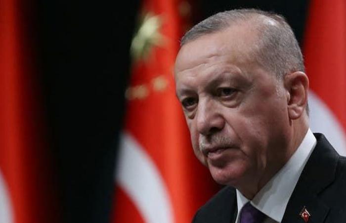 بيان جنرالات متقاعدين يثير مخاوف إردوغان من إطاحته