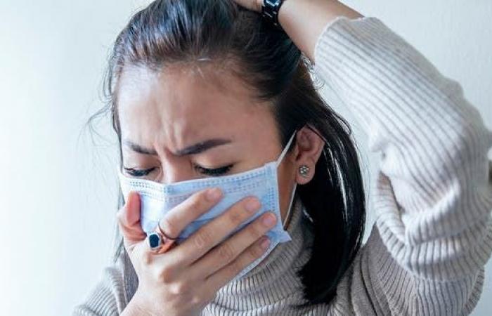 كورونا أم حساسية أو آثار جانبية للقاح.. كيف نفرّق بين الأعراض؟
