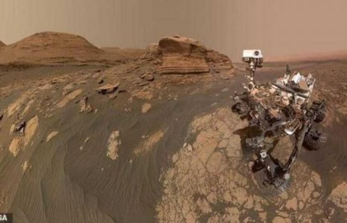 """بعد إنجاز المهمة 30.. """"سيلفي"""" مذهل على المريخ"""