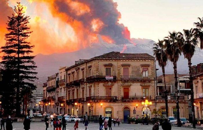 بركان إيطالي يهدد سكان لبنان والشرق الأوسط؟
