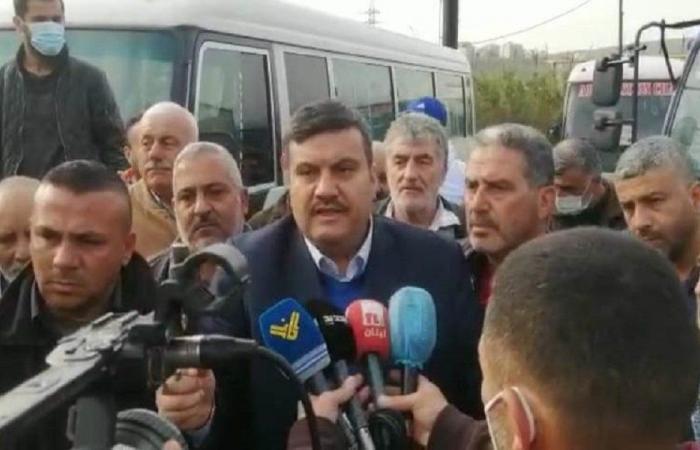 في طرابلس… اعتصام للسائقين العموميين وتلويح بالتصعيد