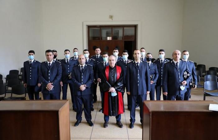 13 ضابطا في الأمن العام أقسموا اليمين القانونية