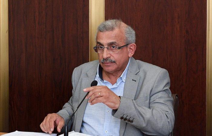 أوضاع المخيمات الفلسطينية على طاولة سعد