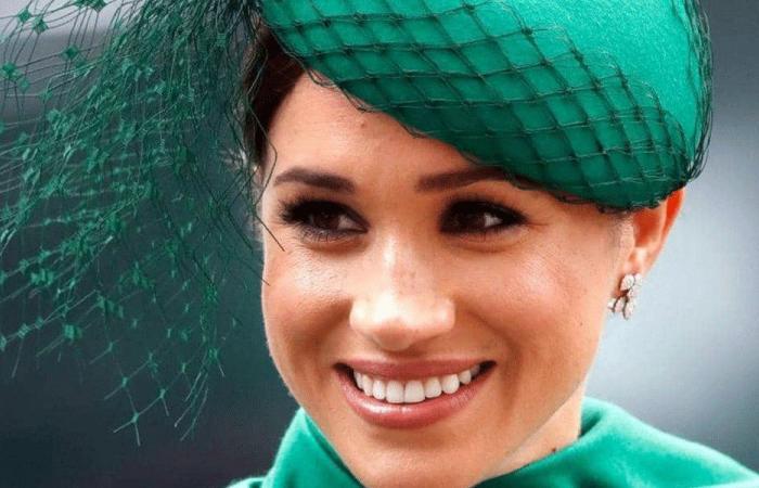 بسبب حملها.. ميغان ماركل تتابع جنازة الأمير فيليب من المنزل