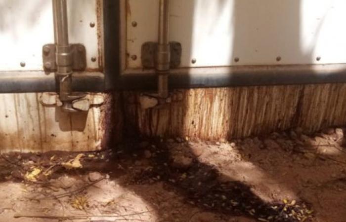 انقطاع الكهرباء يتسبب في تحلل190 جثة بمشرحة في الخرطوم