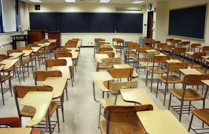 المدارس للمجذوب: لإلغاء امتحانات الشهادة المتوسّطة