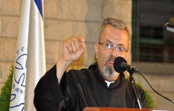 عازار: نترك الحرية للمدارس كي تتخذ قرار العودة