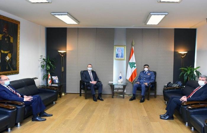 عثمان التقى السفير التركي في زيارة تعارف