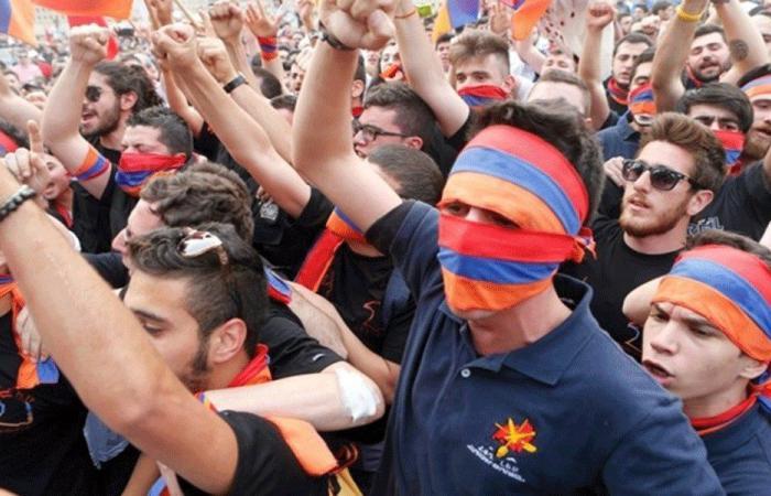 إحياء ذكرى الإبادة الأرمنية في ساحة الشهداء