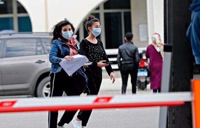 أعداد إصابات ووفيات كورونا في لبنان تواصل انخفاضها
