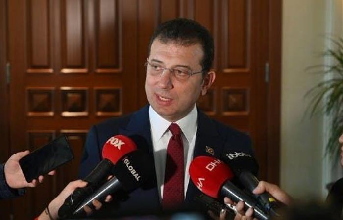 حزب أردوغان غاضب من صورة لعمدة إسطنبول.. ومحامو الأخير يكشفون التفاصيل