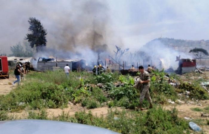 حريق في منازل من الصفيح جنوبي صيدا