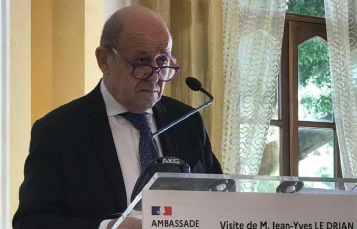 لودريان: جميع القادة اللبنانيين لم يلتزموا بتعهداتهم!