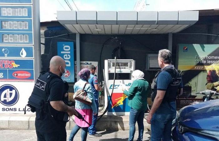 """جولة لمراقبي """"الاقتصاد"""" على محطات الوقود في طرابلس"""