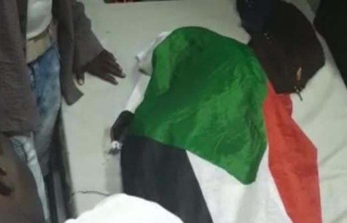 مقتل شخصين في إطلاق نار على متظاهرين قرب قيادة الجيش السوداني في الخرطوم