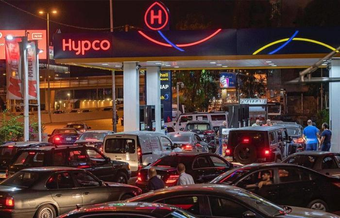 في صور… طوابير أمام المحطات وسيارات مركونة منذ الليل!