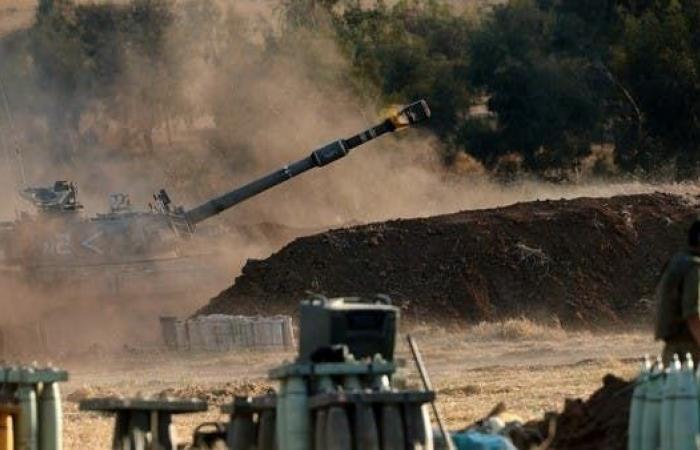 1700 صاروخ من غزة.. وإسرائيل تلوح بحملة عسكرية برية